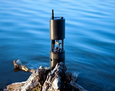 Sunburst Sensor's Submersible Autonomous Moored Instrument collects pH and pCO2 measurements for OOI. Photo credit: Sunburst Sensors, LLC